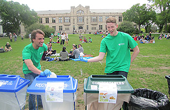 Office of Sustainability volunteers showing off waste diversion solutions at the President's Picnic